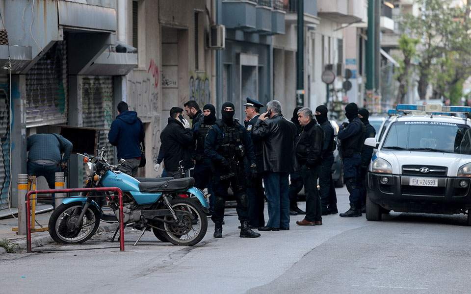 Athens, Greece: Migrant Squat Clandestina & Queer Feminist Squat Cyclopi Raided by Cops